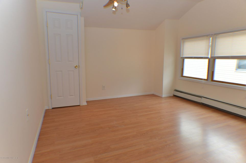 Single Family - Detached 110 Perry Avenue  Staten Island, NY 10314, MLS-1109989-21