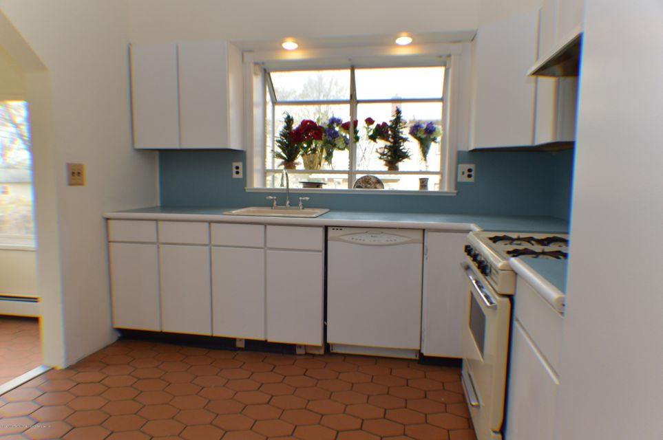 Single Family - Detached 110 Perry Avenue  Staten Island, NY 10314, MLS-1109989-12