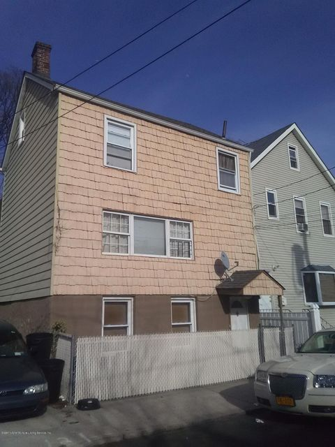 Single Family Home for Sale at 18 Hygeia Place Staten Island, New York 10304 United States