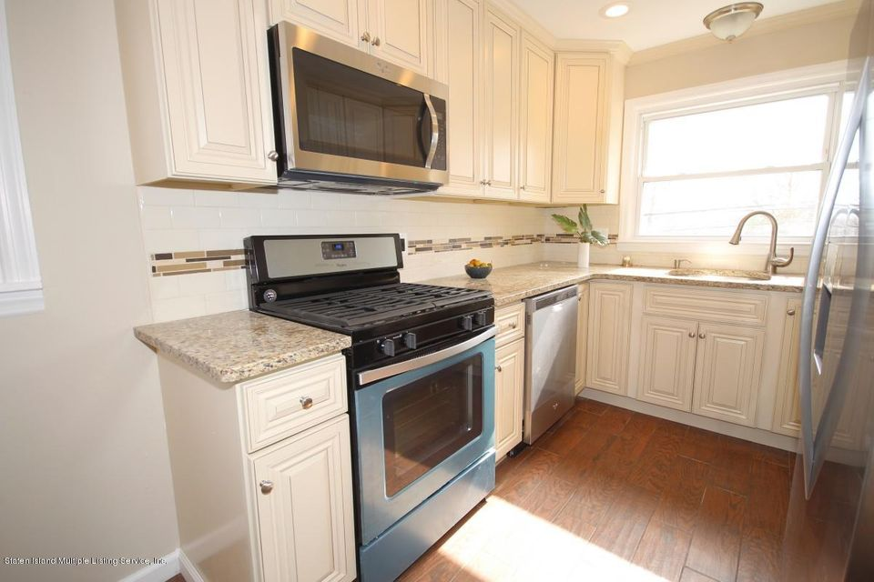 Single Family - Semi-Attached 65 Norway Avenue  Staten Island, NY 10305, MLS-1109921-2