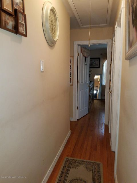 Additional photo for property listing at 80 Cheshire Place  Staten Island, New York 10301 United States