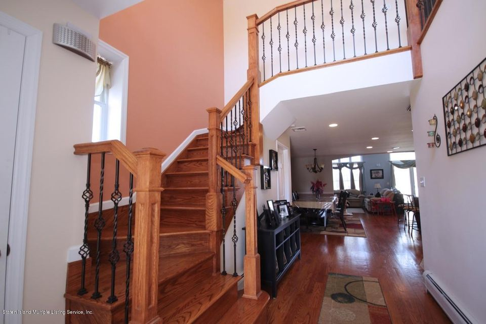 Single Family - Detached 325 Park Street  Staten Island, NY 10306, MLS-1109973-4