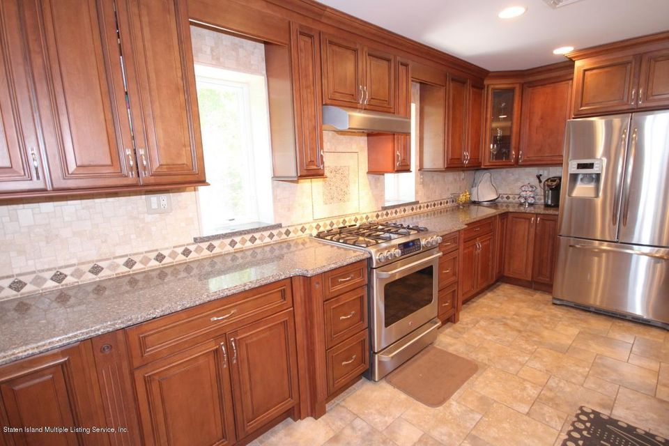 Single Family - Detached 325 Park Street  Staten Island, NY 10306, MLS-1109973-10