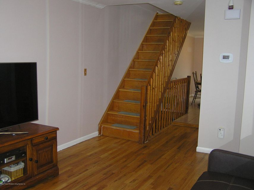Additional photo for property listing at 11 Dalton Avenue  Staten Island, New York 10306 United States