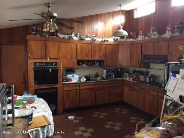 Additional photo for property listing at 15 Mohn Place  Staten Island, New York 10301 United States