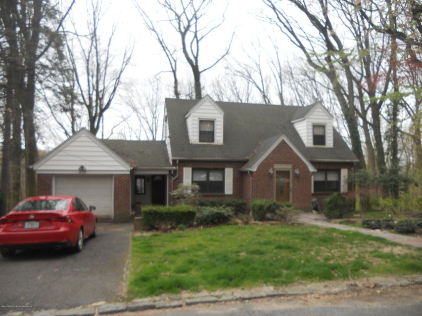 Single Family Home for Sale at 210 Longview Road Staten Island, New York 10301 United States
