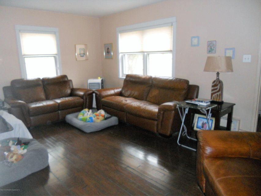 Additional photo for property listing at 210 Longview Road  Staten Island, New York 10301 United States