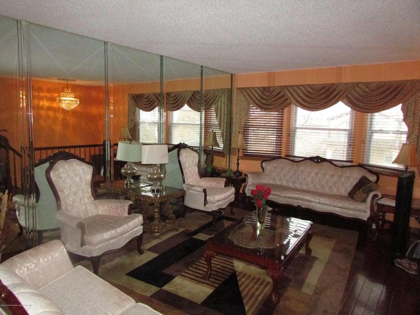 Additional photo for property listing at 464 Klondike Avenue  Staten Island, New York 10314 United States