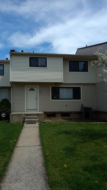 Single Family Home for Sale at 465 Willow Road Staten Island, New York 10314 United States