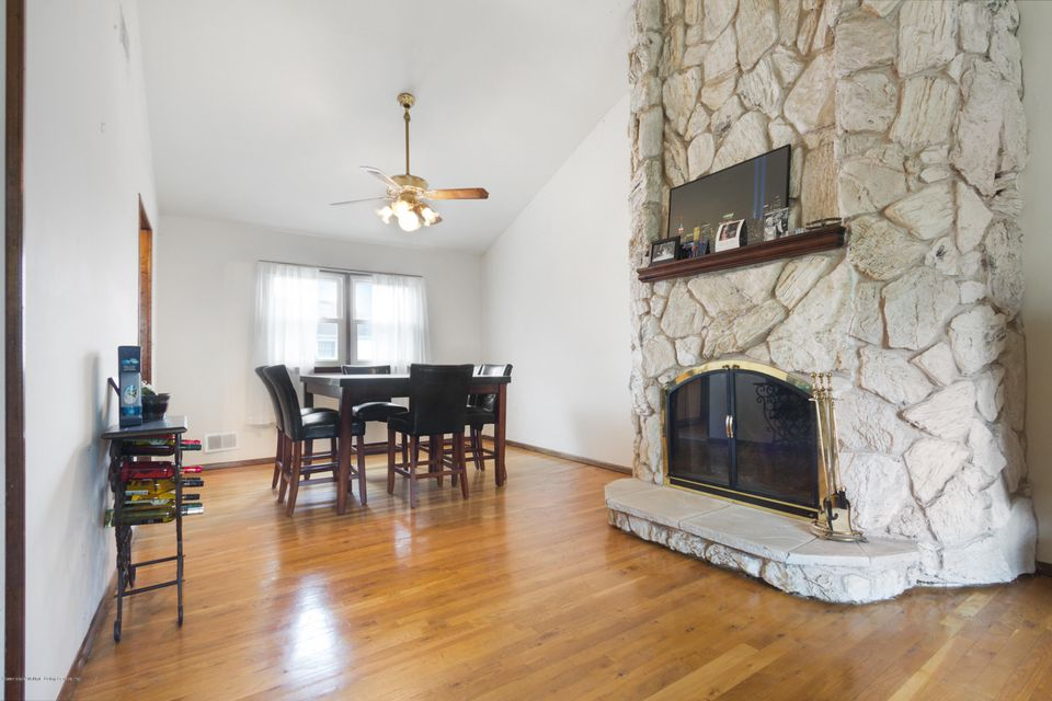 Additional photo for property listing at 112 Elmbank Street  Staten Island, New York 10312 United States