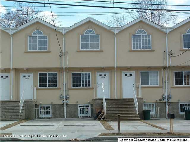 110 Broad St A, Staten Island, NY 10304