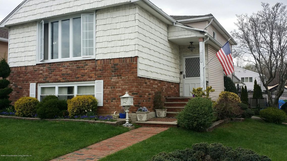 Single Family Home for Sale at 5 Commerce Street Staten Island, New York 10314 United States