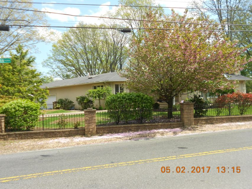 Additional photo for property listing at 586 Ocean Terrace  Staten Island, New York 10301 United States