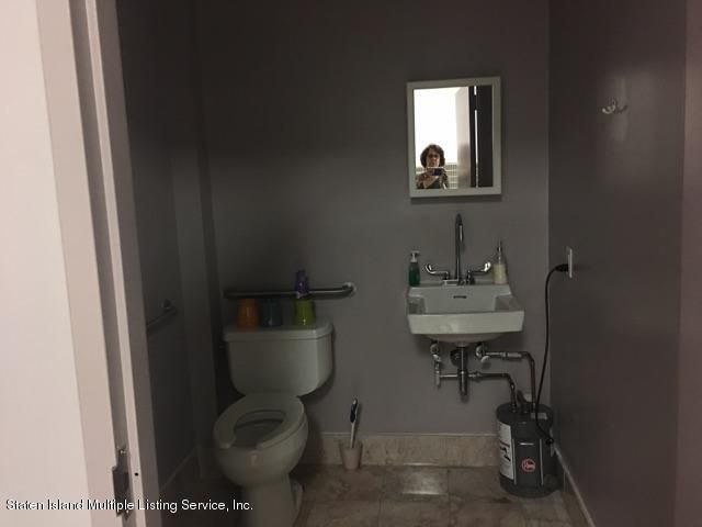 Additional photo for property listing at 3135 Victory Boulevard  Staten Island, New York 10314 United States