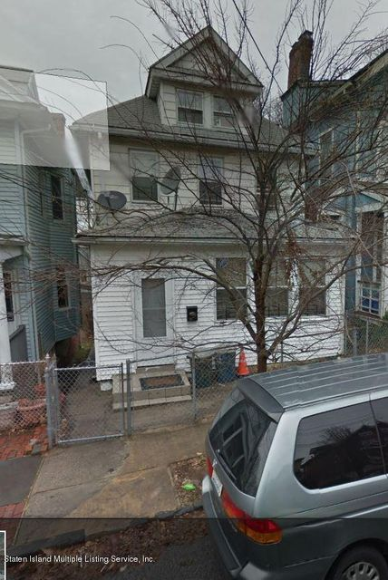 Single Family Home for Sale at 25 Taft Avenue Staten Island, New York 10301 United States