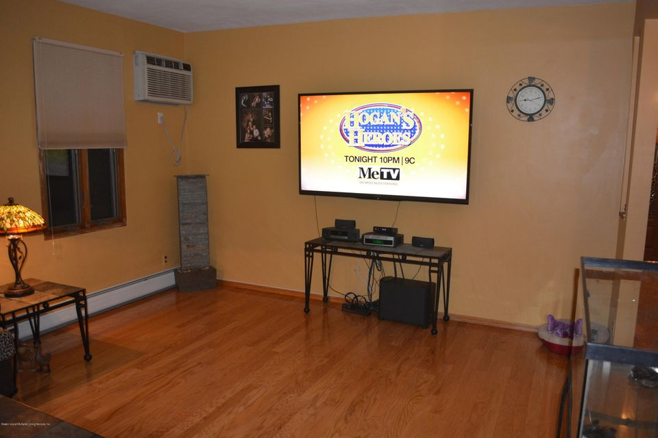 Single Family - Detached 874 Marcy Avenue  Staten Island, NY 10309, MLS-1110379-8