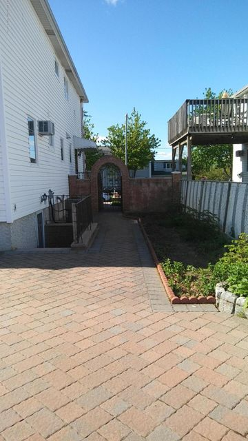 Additional photo for property listing at 588 Lamont Avenue  Staten Island, New York 10312 United States
