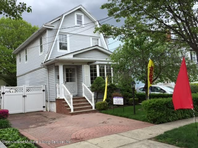 Single Family - Detached in Westerleigh - 318 Willowbrook Road  Staten Island, NY 10314