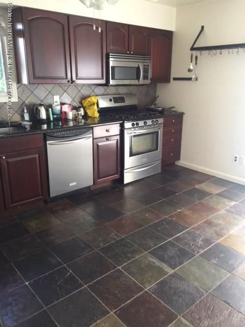 Additional photo for property listing at 48 Behan Court  Staten Island, New York 10306 United States