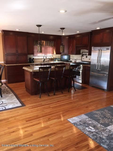 Single Family - Detached 1068 Sinclair Avenue  Staten Island, NY 10309, MLS-1110593-16