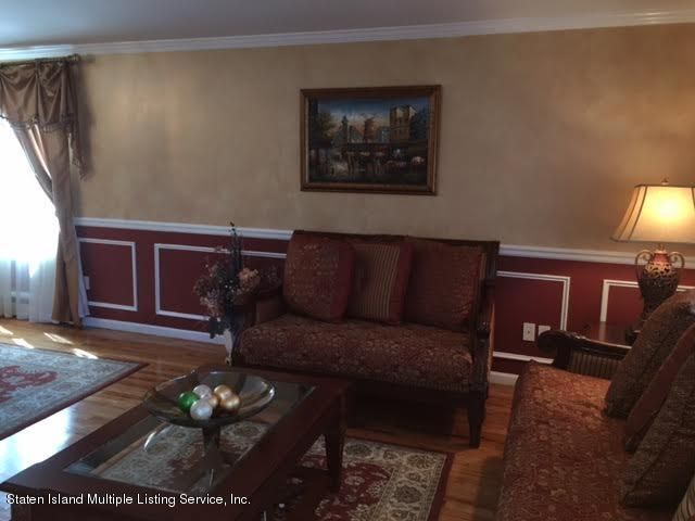 Single Family - Detached 1068 Sinclair Avenue  Staten Island, NY 10309, MLS-1110593-8