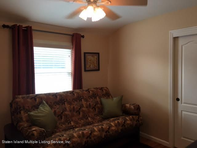 Single Family - Detached 1068 Sinclair Avenue  Staten Island, NY 10309, MLS-1110593-32