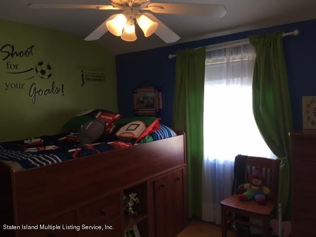 Single Family - Detached 1068 Sinclair Avenue  Staten Island, NY 10309, MLS-1110593-34