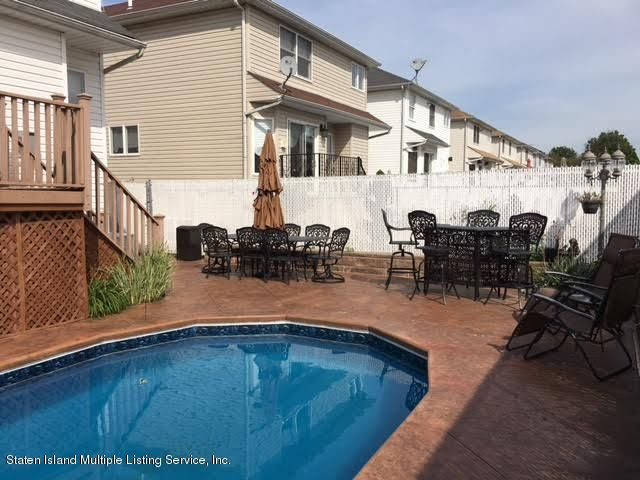 Single Family - Detached 1068 Sinclair Avenue  Staten Island, NY 10309, MLS-1110593-43