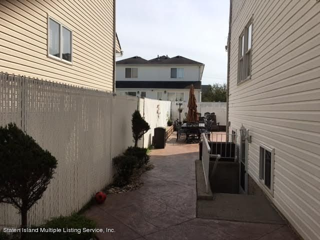 Single Family - Detached 1068 Sinclair Avenue  Staten Island, NY 10309, MLS-1110593-47