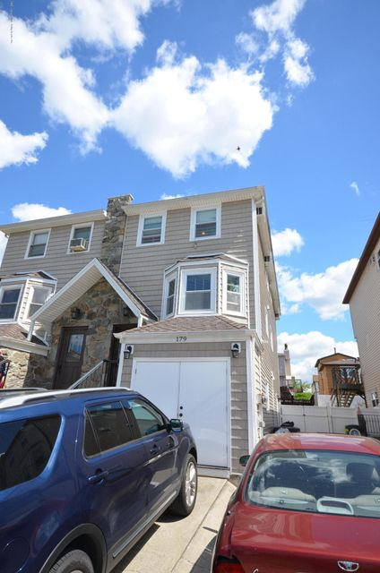 Single Family - Semi-Attached 179 Mcveigh Avenue  Staten Island, NY 10314, MLS-1110454-2