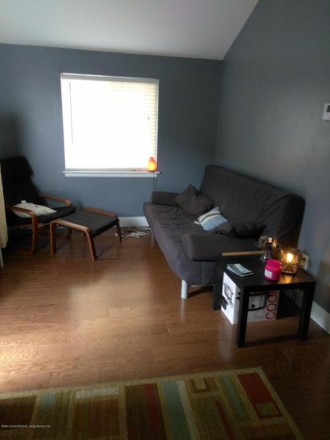 Additional photo for property listing at 276 Ridgewood Avenue  Staten Island, New York 10312 United States