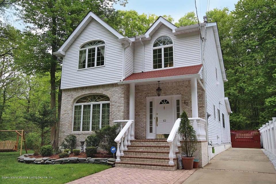 62 Philip Avenue, Staten Island, NY 10312