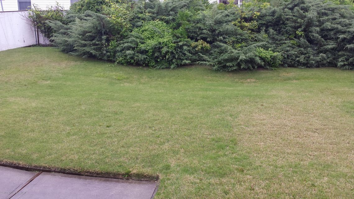 Additional photo for property listing at 263 Foster Road  Staten Island, New York 10309 United States
