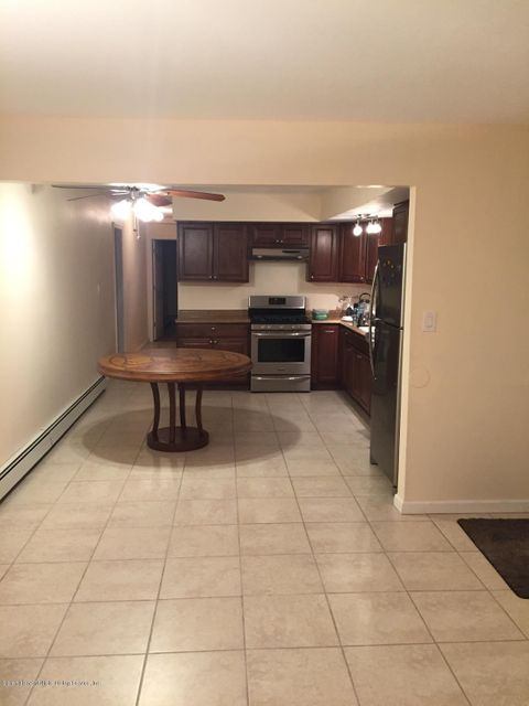 Additional photo for property listing at 133 Whitman Avenue  Staten Island, New York 10308 United States