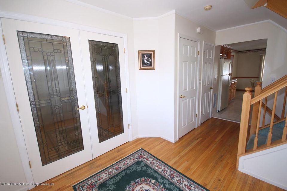 Single Family - Detached 102 Honey Lane  Staten Island, NY 10307, MLS-1110642-4