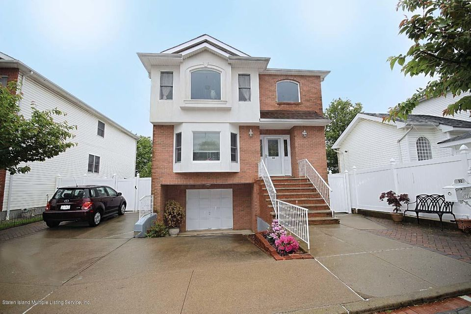 Single Family Home for Sale at 92 Clearmont Avenue Staten Island, New York 10309 United States