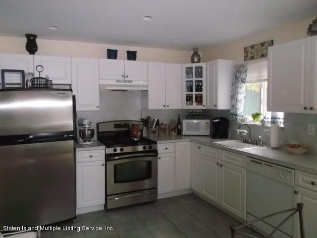Additional photo for property listing at 36 Lucy Loop  Staten Island, New York 10312 United States