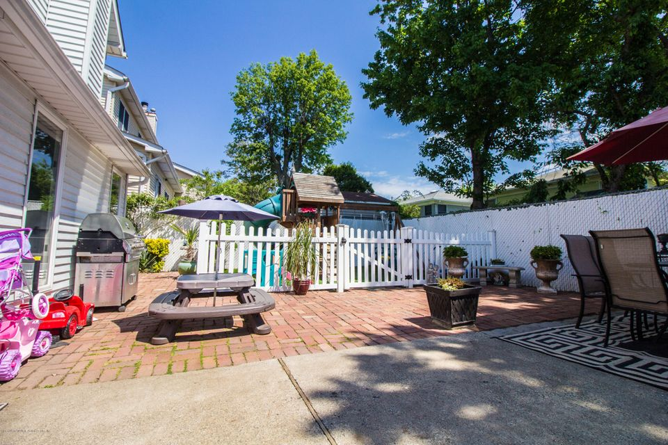 Two Family - Detached 379 Main Street  Staten Island, NY 10307, MLS-1110714-37