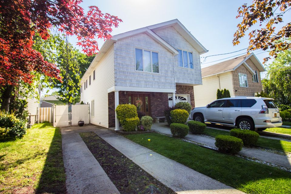 Two Family - Detached 379 Main Street  Staten Island, NY 10307, MLS-1110714-6