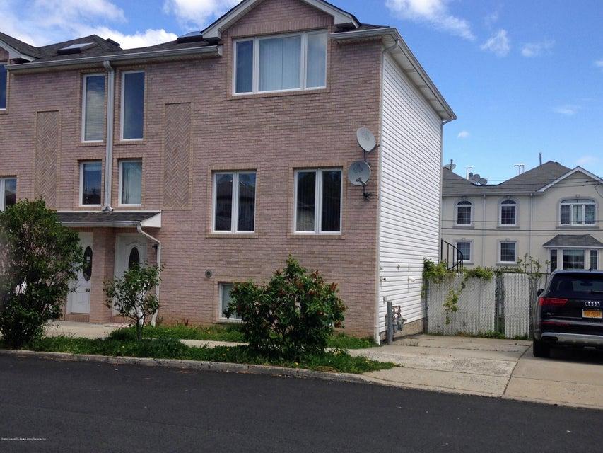 337 Hamden Avenue, Staten Island, NY 10306