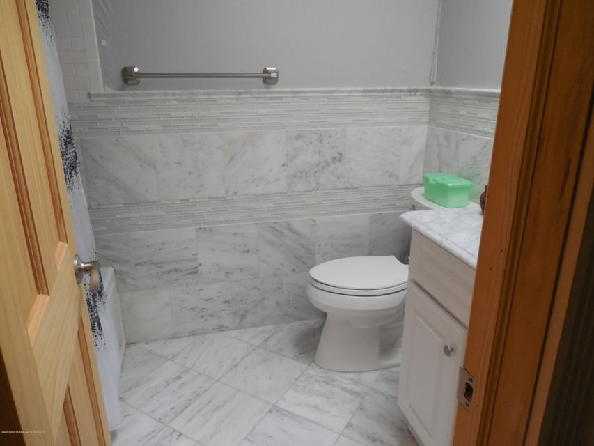 Single Family - Semi-Attached 71 Goller Place   Staten Island, NY 10314, MLS-1110730-10