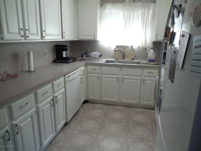 Single Family - Semi-Attached 71 Goller Place   Staten Island, NY 10314, MLS-1110730-4