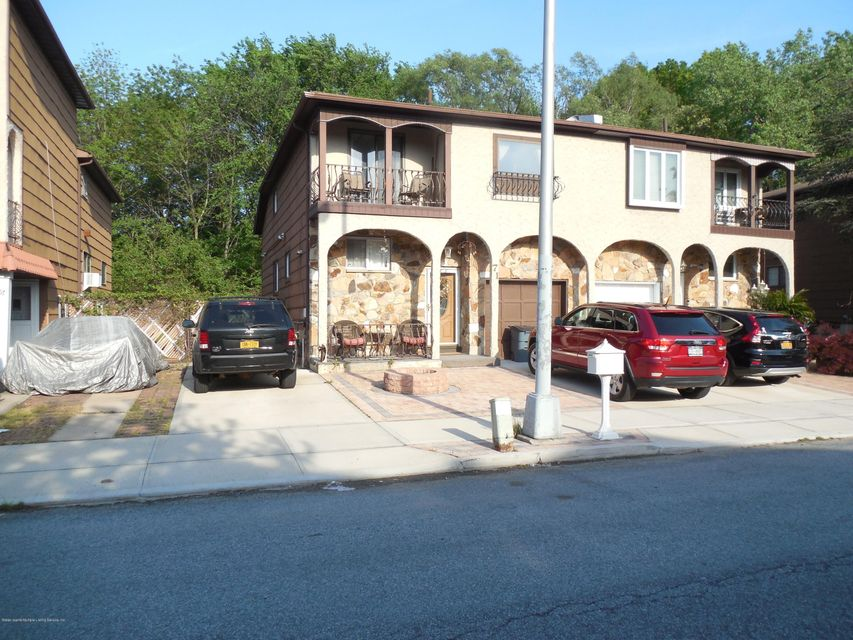 71 Goller Place, Staten Island, NY 10314