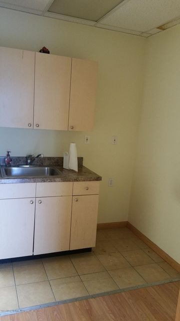Additional photo for property listing at 41 Dumont Avenue  Staten Island, New York 10305 United States