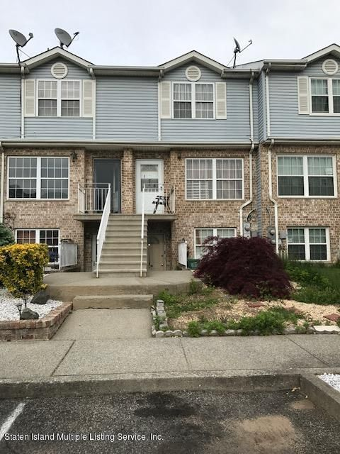Two Family - Attached in Arlington - 174 Pond Way  Staten Island, NY 10303