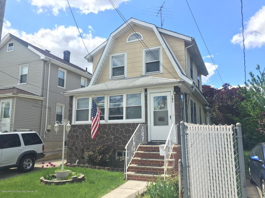 Single Family Home for Sale at 202 Adams Avenue Staten Island, New York 10306 United States