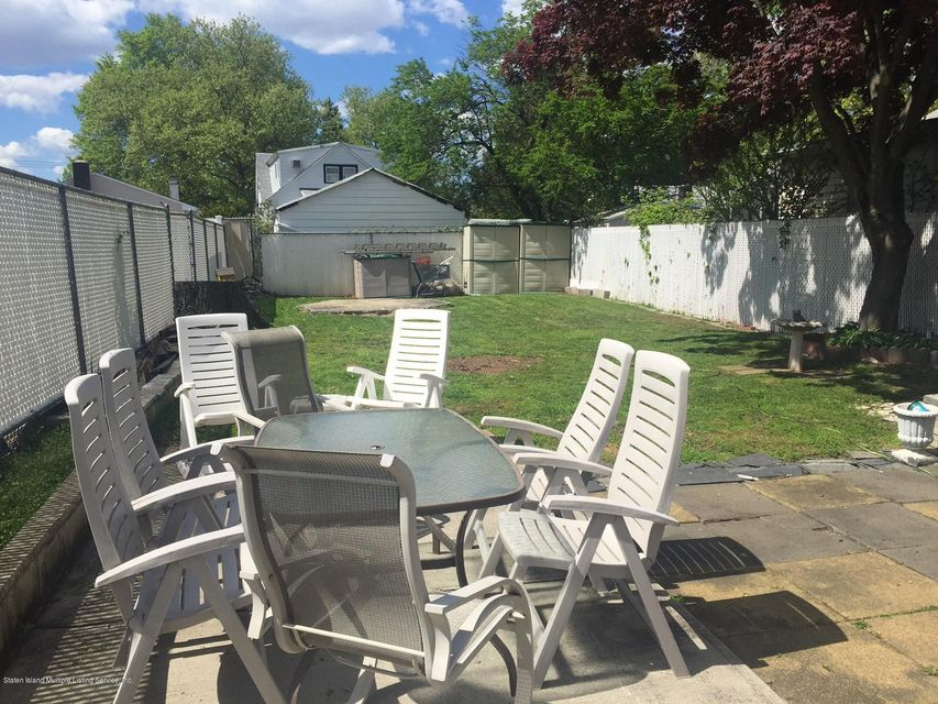 Additional photo for property listing at 202 Adams Avenue  Staten Island, New York 10306 United States