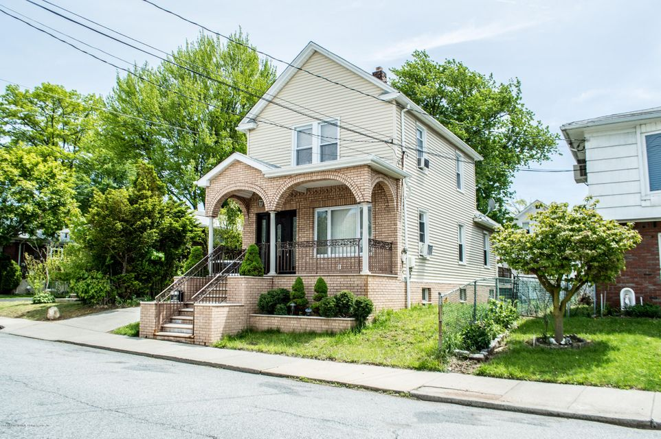 Additional photo for property listing at 52 Tillman Street  Staten Island, New York 10314 United States