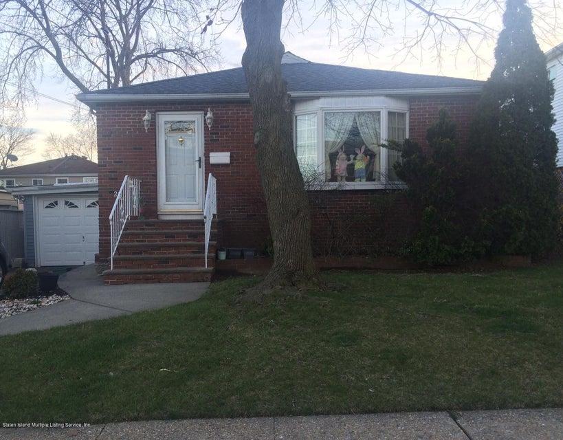 22 Pacific Avenue, Staten Island, NY 10312