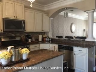 Single Family - Attached 15 Persimmons Lane  Staten Island, NY 10314, MLS-1110646-17